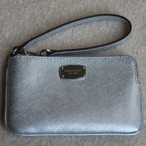Michael Kors Jet Set Saffiano Leather Wristlet
